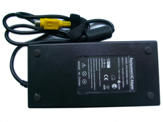 Toshiba ADP-180HB B 19V 9,5A 180W laptop AC Adapter